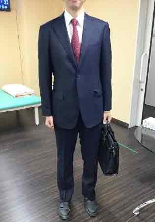 復職に向けて実際の服装になった写真